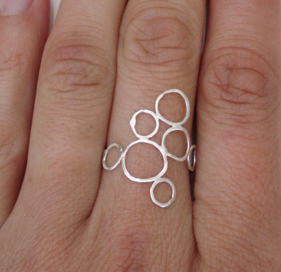 Sucree on Etsy- love the circles!