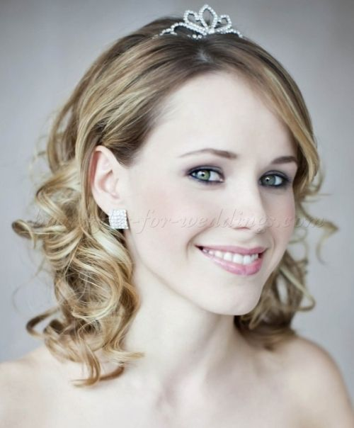 16 Gorgeous Medium Length Wedding Hairstyles: 25 Best Wedding Hairstyles For Medium Length Hair Images