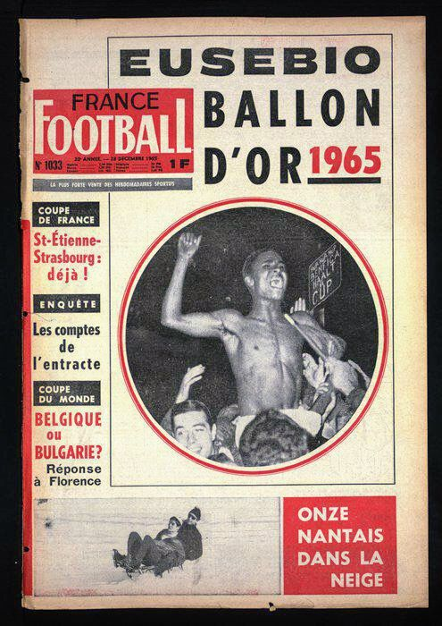 France Football magazine in Dec 1965 featuring Eusebio of Benfica on the cover.
