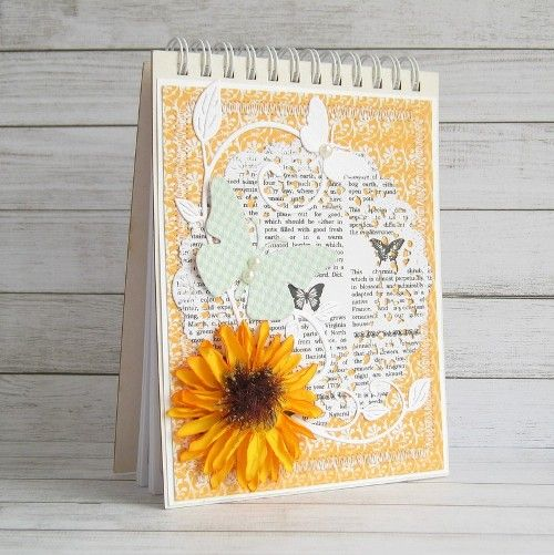 Notes with sunflower made by Maarchewkowa. Papers from Be Optimistic collection.