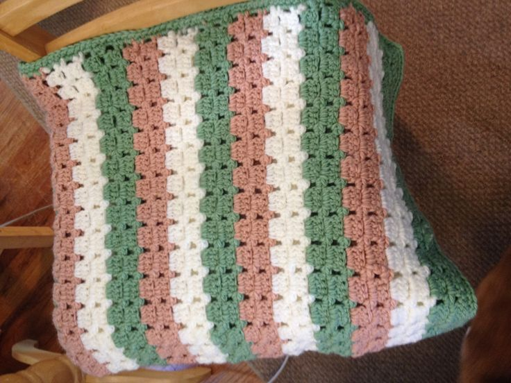 12 best things ive made with yarn images on pinterest baby pattern is dotted squares from 280 crochet shell patterns yarn fandeluxe Gallery