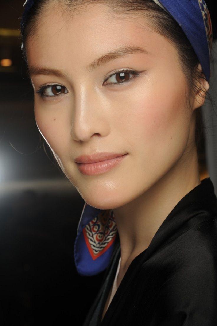 How To Get A Natural Makeup Look