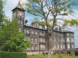 need best schools in the UK? Ashville College in Harrogate, North Yorkshire, founded in 1877, is one of 14 Methodist independent schools around the country. http://best-boarding-schools.net/united%20kingdom-country-schools-p3