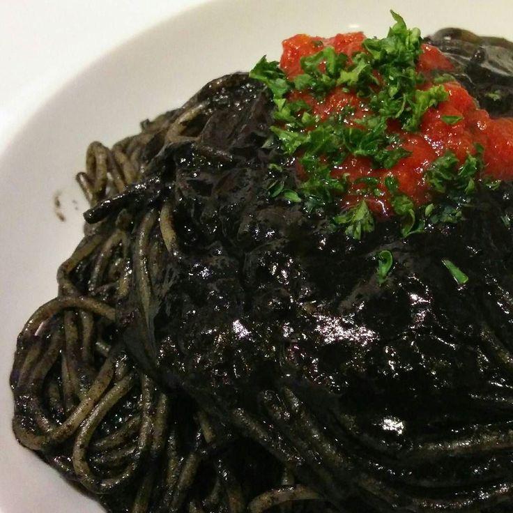 五品目:イカスミのスパゲッティ 濃厚なイカスミソースで  #オフ会 #昨夜の料理を淡々と #魚菜イタリアン