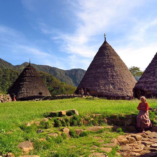 #waerebo #mountains #trekking #trip #tour #vacation #labuanbajo #flores #eastnusatenggara #indonesia #wonderfullindonesia #pesonaindonesia #igphotomagic #beuty #instapic #instagood