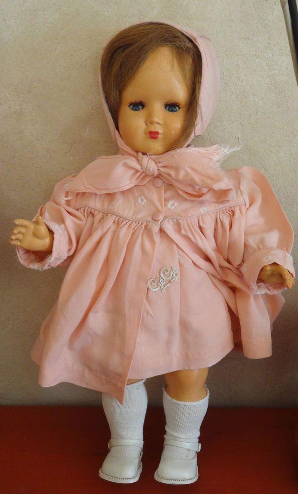Superbe ancienne poupée GEGE / Rhodoïd / tenue Lundi de Pâques / Années 50
