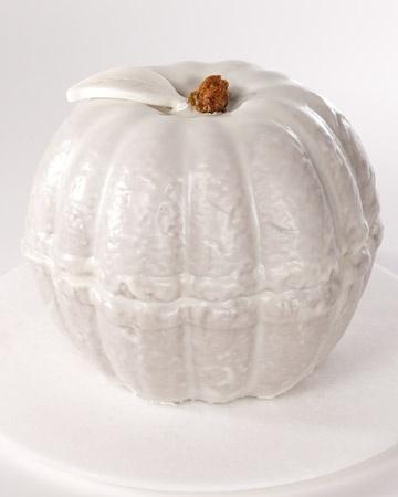 Cool looking pumpkin bundt cake