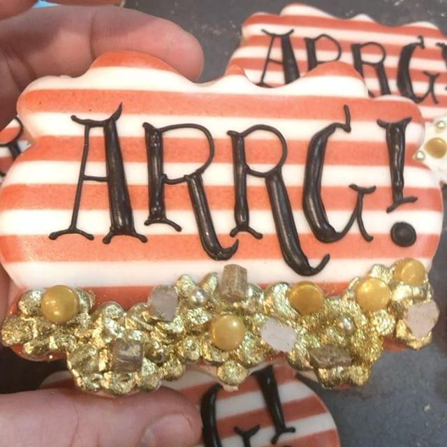Found some treasure pirate cookie
