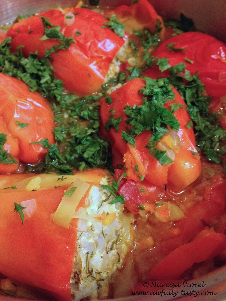 Ardei umpluti.  Stuffed peppers with pork minced meat