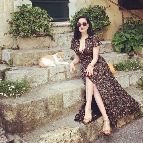 Magnificent Dita Von Teese wearing Ulyana Sergeenko dress...