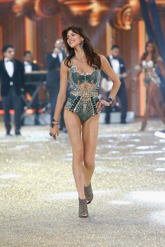 Victorias Secret Fashion Show 2015: Cheat Sheet