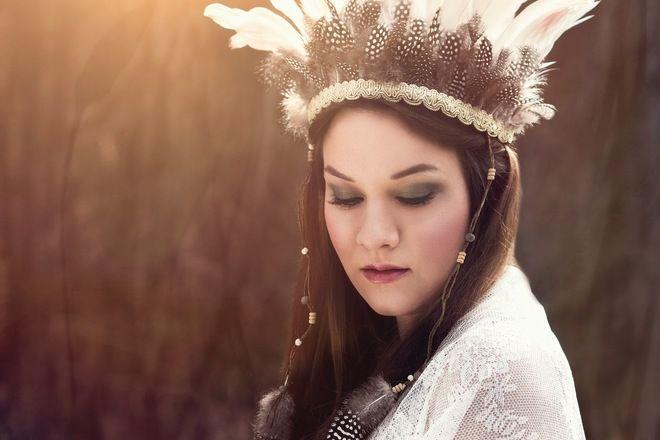Indian Feather Headdress/Indianer Kopfschmuck mit Federn