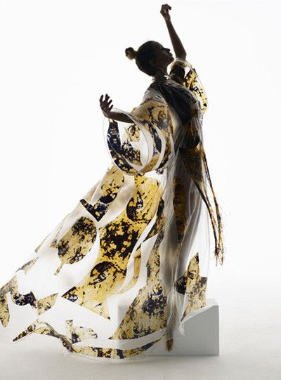 http://www.complex.com/style/2012/08/the-50-greatest-fashion-photographers-right-now/nick-knight