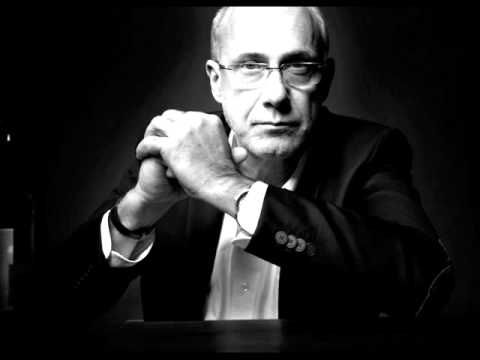 """Piotr Machalica """"Jak ktoś jest żłób, będzie żłób"""" - YouTube"""