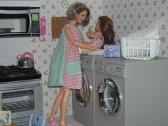 barbie diorama for sale   How to Play with Barbies   barbie mashups, mods & hacks, ideas ...