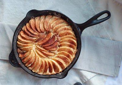 Skillet Apple CakeCake Recipe, Darjeeling Dreams, Skillets Apples, Apple Cakes, Apples Skillets, Apples Cake, Cast Iron, Skillets Cake, Iron Skillets
