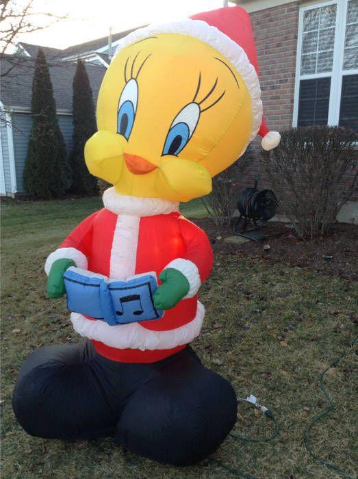 Gemmy Airblown Inflatable 8 Santa Tweety Bird Looney