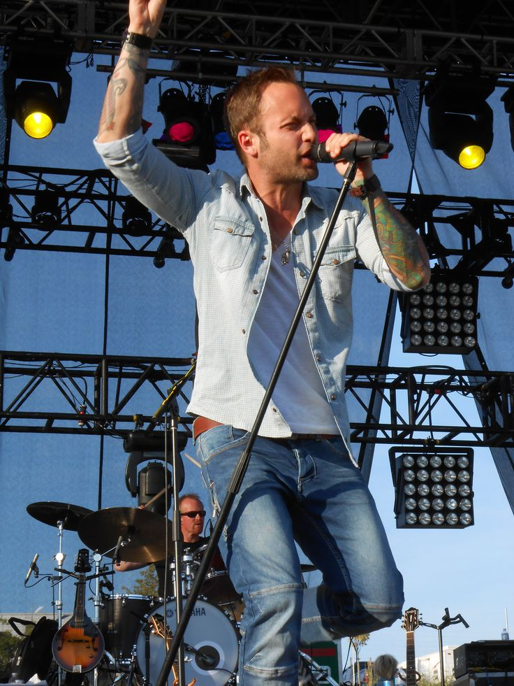 Dallas Smith: new country artist. Saw him in concert, he was awesome. He has a great voice, and he ain't bad on the eyes either ;)