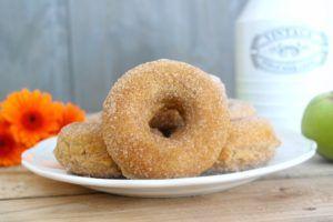 » Apfel Zimt Donuts aus dem Backofen-Kooperation Kölln - LadyApplePie
