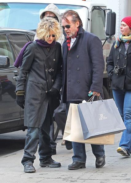 Meg Ryan Photo - Meg Ryan & John Mellencamp Shopping In New York...  2 of my most admired people
