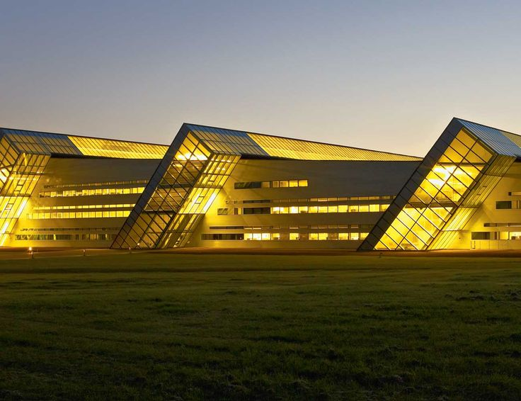 Fiberline Administration and Production Building | Middelfart, Denmark | KHR Arkitekter