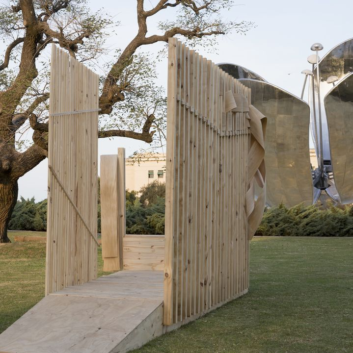 PASAJE Silvina Descole + Paula Herrero + Camila Milesi + Emiliano Blanco (Kostume)   #diseño #madera #festival #wood #design #art #arte