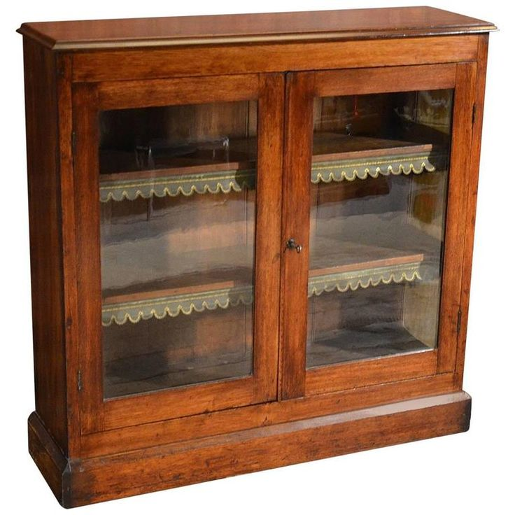 Les 25 meilleures id es de la cat gorie antique bookcase for Entreposage de meuble