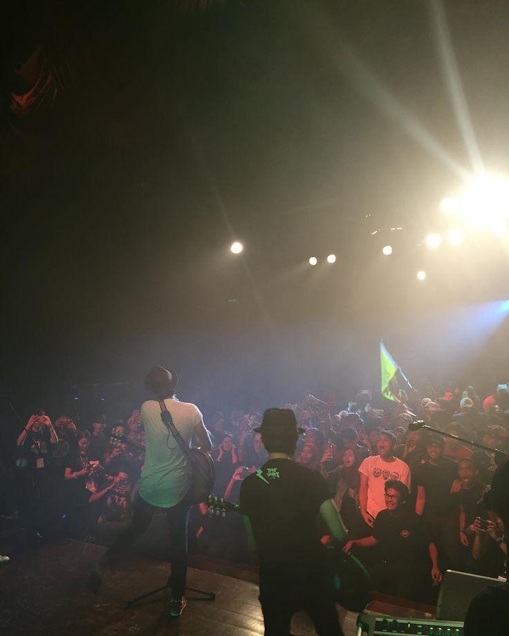@bunkfaceband persembahan penutup #MusicIsUniversal Campus Tour anjuran XOX Mobile & One Music!  Terima kasih UKM!