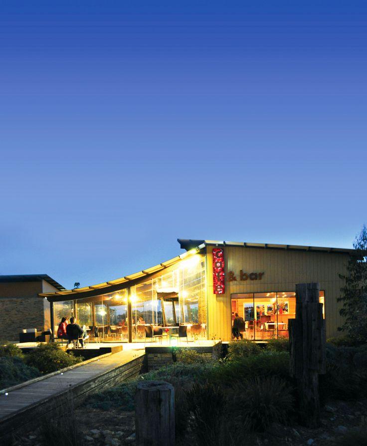 Ramada Phillip Island Cafe - a great place to stop off before seeing the Little Penguins!