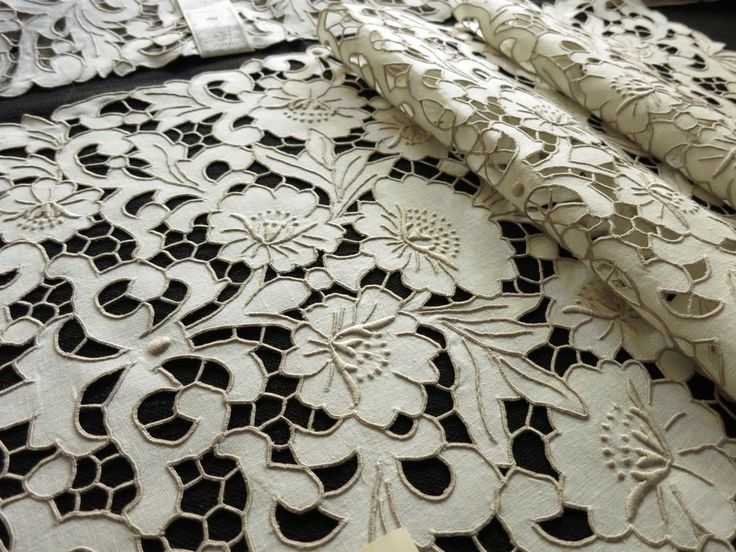 NWT Antique MADEIRA Cutwork Hand Embroidery 17 pc Placemats Napkin Runner UNUSED | Antiques, Linens & Textiles (Pre-1930), Kitchen & Table Linens | eBay!