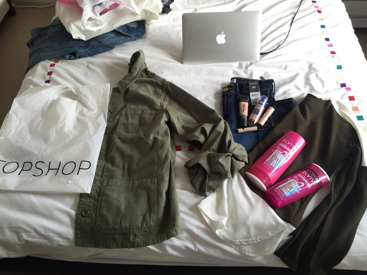 My Madrid essentials. Elvive shampoo + conditioner. Loreal infallible 24hr matte foundation. Maybelline superstay better skin foundation. Collection concealer. Rimmel London Kate nude collection shade 45. Molly jeans river island. Khaki jacket/shirt topshop. New look label lounge Parisian collection.