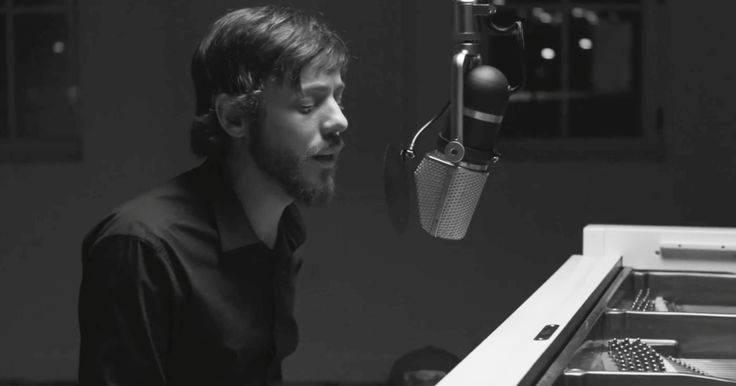 "See Chris Janson's Powerful Live 'Drunk Girl' Video  ||  Watch Chris Janson give a live solo performance of his message ballad ""Drunk Girl."" http://www.rollingstone.com/country/news/see-chris-jansons-powerful-live-drunk-girl-video-w513649?utm_campaign=crowdfire&utm_content=crowdfire&utm_medium=social&utm_source=pinterest"