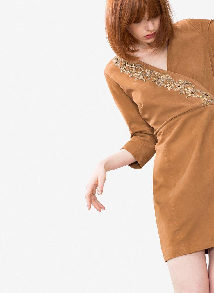 Φόρεμα από καστόρι με παγιέτες - Εμφάνιση όλων - Κολεξιον - Uterqüe Greece