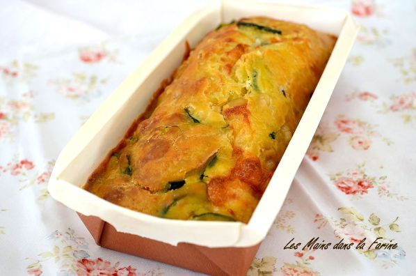 Cake courgettes chevre pignons3
