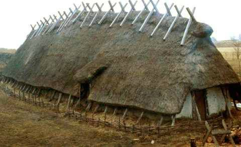 Reconstruction of a Viking house from 1000's of High, Sweden.