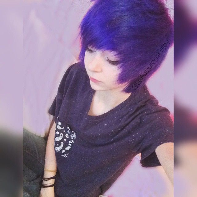 Really crappy picture but I dyed my hair OuO I LOVE IT so much :3 I think imma change my theme to like all purpley ouo