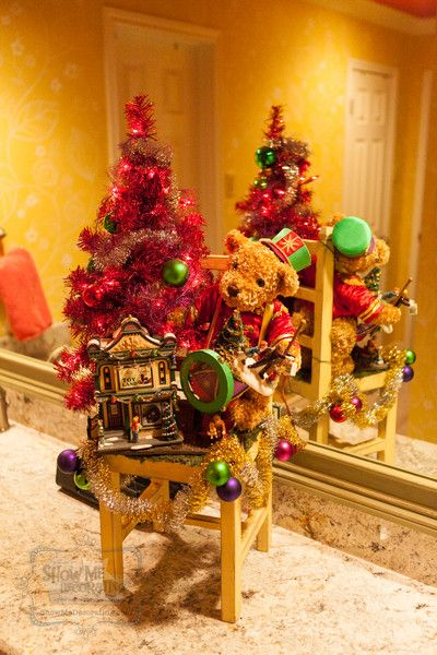 74 best christmas cheer everywhere images on pinterest for Parisian christmas decorations home