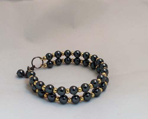 glass beads o n memory wire