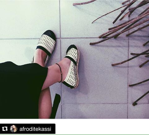 #Repost @afroditekassi with @repostapp. ・・・ Waiting for the weekend  __________________________________________________ #friday #friyay #goodmorning #sunny #athens #greece #summermood #summer #happy #instamood #instadaily #igers #igdaily #ig_greece #vsco #vscocam #vscogood #instagramers #instagood #instapic #photooftheday #shoes #shoelover #espandrilles #siderstores __AmaZing Photo__ #ThAnk YOu#