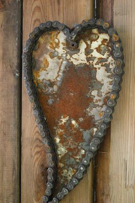Heart made from bike chain and metal. Kathi's Garden Art Rust-n-Stuff
