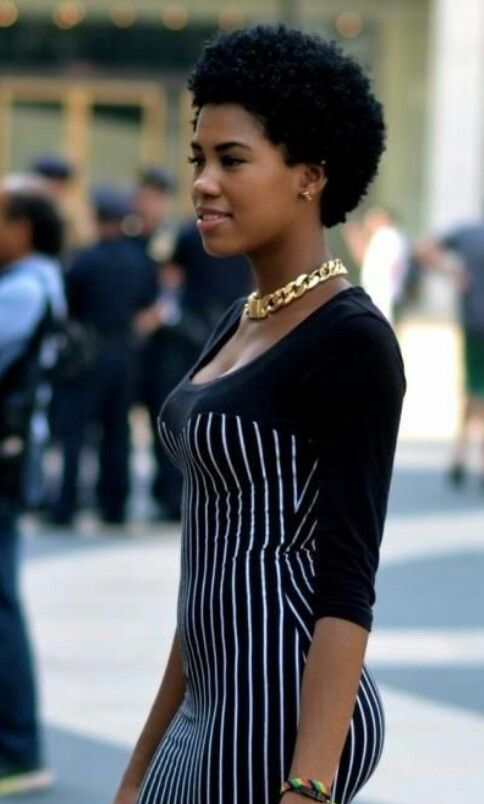 Astounding 1000 Ideas About Short Afro Hairstyles On Pinterest Haircut For Short Hairstyles Gunalazisus