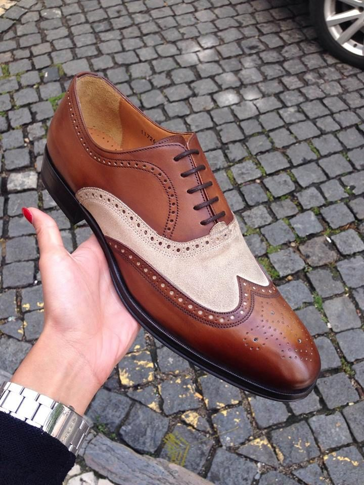 Custom shoe proudly produced for Ruben Alves. Portuguese shoes store!