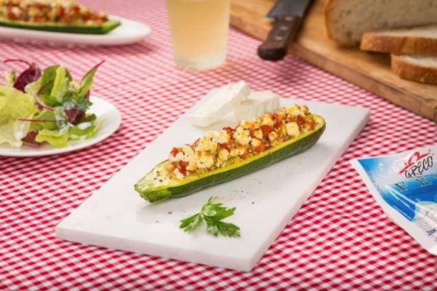 Fylld zucchini med tomater och fetaost - Mitt kök
