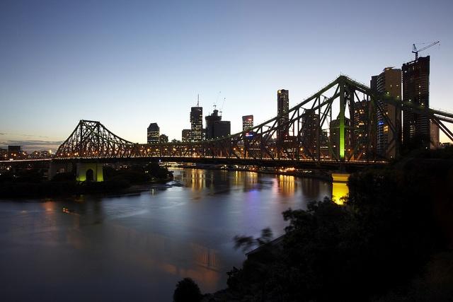 Story Bridge and the Brisbane River at dusk