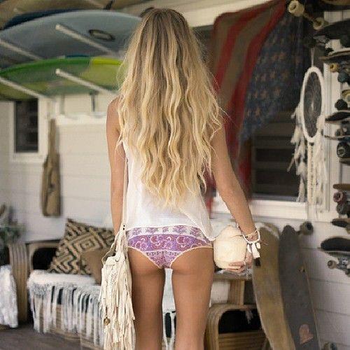 long beach hair, suit, and bag please!