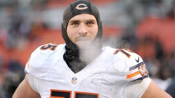 Kyle Long of the Chicago Bears supports a bullied boy...talks about his own history with bullying...