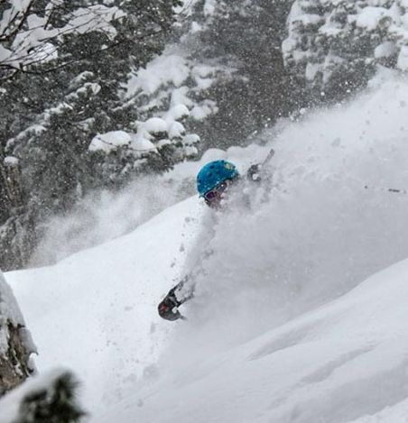 Himalaya Freeriding, Ski Abfahrten und Heli Skiing im Ski Resort Gulmarg, Indien, im Pulver Schnee des Himalayas zu attraktiven Konditionen. http://freeskihimalaya.com/