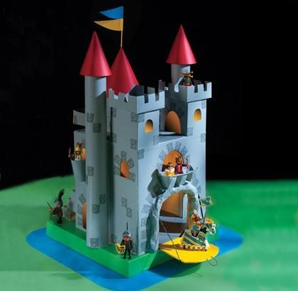 The Great Cardboard Castle Project - by Spoonful - O Grande Projeto Do Castelo De Papelão    ==             A really nice weekend project for parents and kids to make together: The Great Cardboard Castle Project! Using recycled materials, that can be found in any home, you can, with a little handwork, make this beautiful castle for your children! Perfect for Playmobil miniatures!