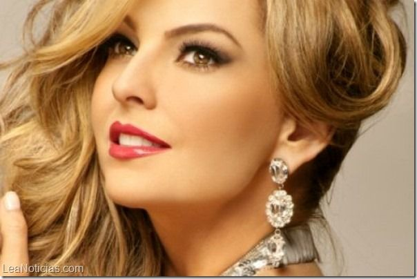 A Marjorie de Sousa le gustaría que Joan Sebastian produzca su disco - http://www.leanoticias.com/2014/01/22/marjorie-de-sousa-le-gustaria-que-joan-sebastian-produzca-su-disco/