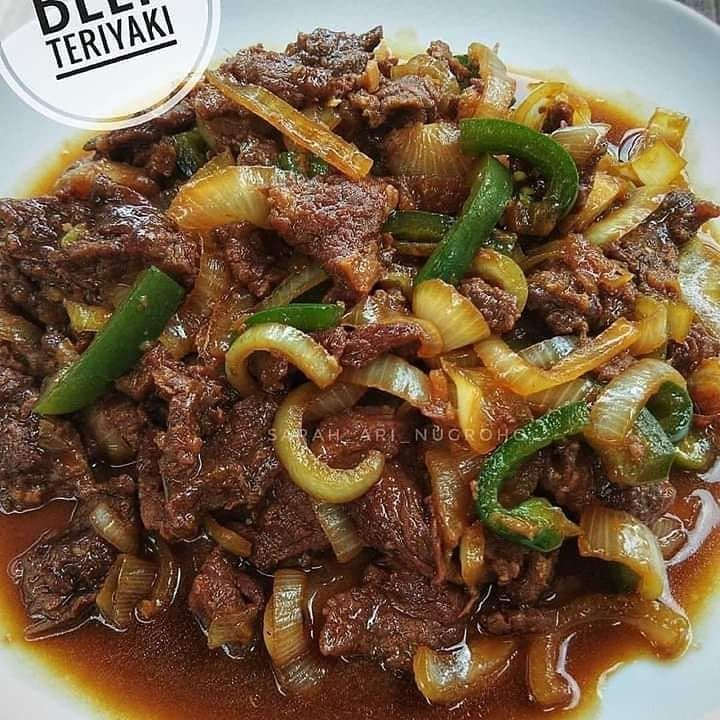 18 Resep Masakan Daging Sapi Enak Sederhana Mudah Dibuat Instagram Resepdaging Resep Idemasak Id In 2021 Cooking Recipes Food Receipes Diy Food Recipes
